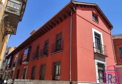 Apartament a calle de los Serranos, nº 10