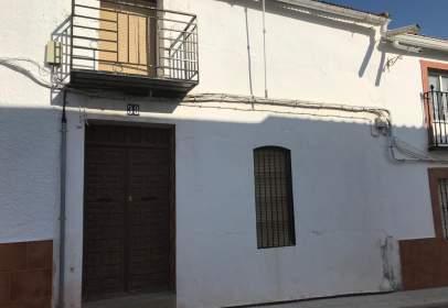 Casa adosada en calle Mortero