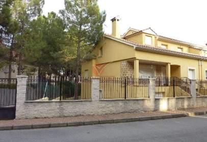 Casa adossada a Cuenca