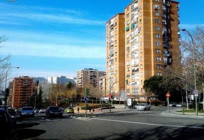 Pis a calle Virgen de Aranzazu