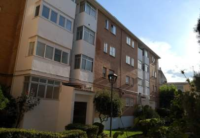 Flat in calle Vicente Aleixandre