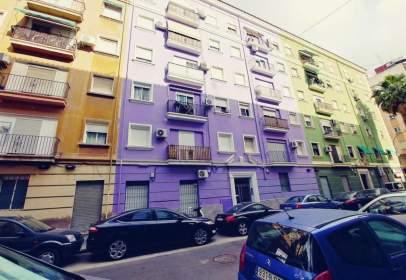 Piso en calle Rodrigo de Osona