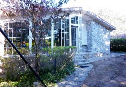 Casa en calle Piscina