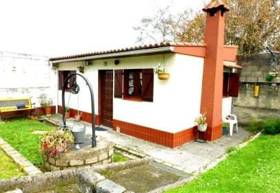 Casa en Oleiros