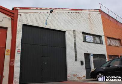 Nau industrial a calle del Río Nalón, 16