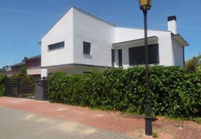 Casa en calle Rio Robo, nº 6