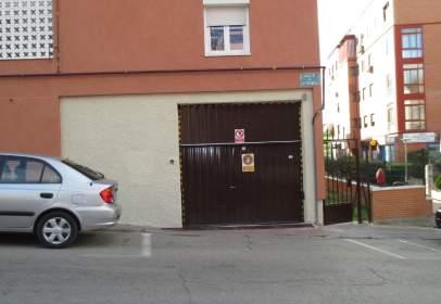 Garatge a calle de los Palomares