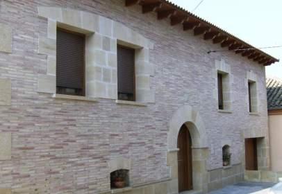 Casa en Pueyo de Santa Cruz