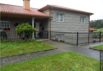 Casa en Carballedo