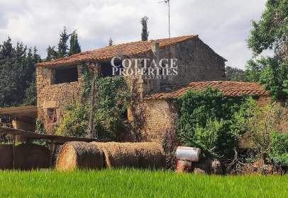 Casa en Monells