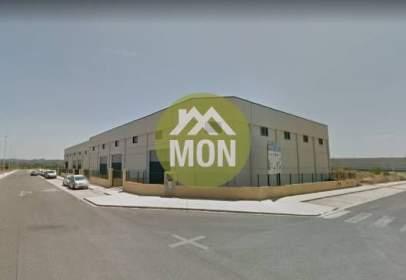 Nau industrial a P.I. Camí Olivares