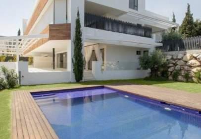 Apartamento en Lomas de Marbella Club-Puente Romano
