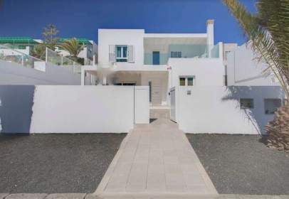 Chalet in Costa Teguise