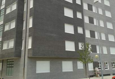 Flat in calle General San Martín,  14-16