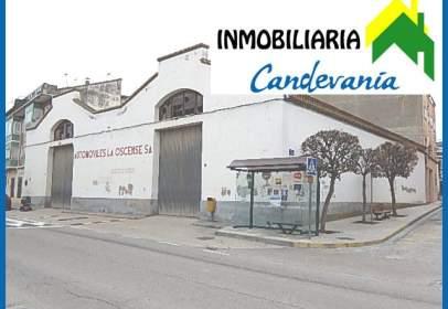 Nave industrial en Avenida de los Pirineos, nº 16