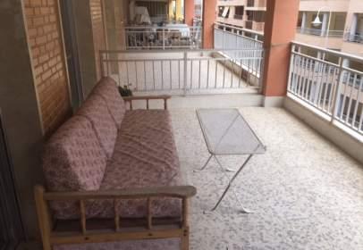 Apartamento en Avenida Ramón y Cajal, Edificio Valencia