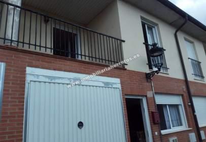 Casa adossada a Galilea Con Garaje