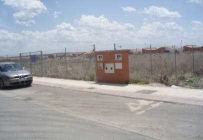 Terreny a calle Río Tietar, 35