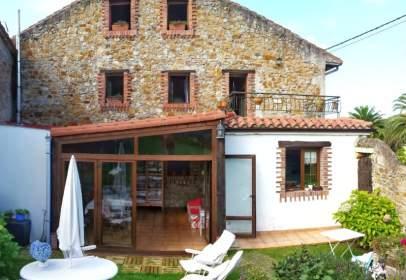 Casa aparellada a calle Las Lleras