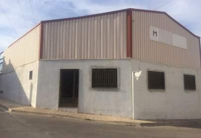 Nave industrial en calle Santa Rita