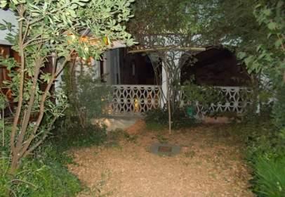 Casa adosada en Carrer de la Bassa