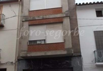 Terraced house in Carrer Major, near Calle San Roque