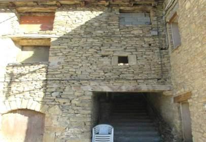 Casa en Avenida Pirineo de Huesca, nº 00