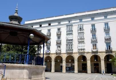 Pis a calle de Hernán Cortés