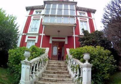 Casa unifamiliar en Avenida de Bilbao, nº 22