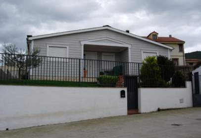 Single-family house in calle Huída