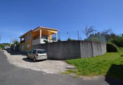 Single-family house in Avenida Barbeita