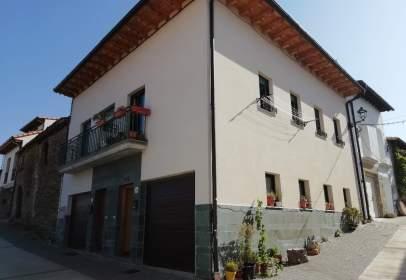 Casa adossada a calle Santa Agueda, nº 29