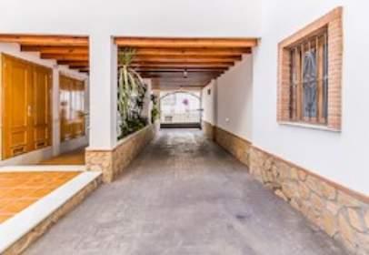 Flat in calle de Granada, nº 10
