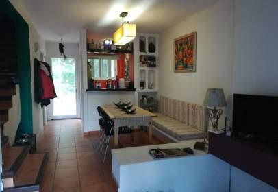 Casa adossada a Urbanización Urb. Isla Blanca, nº 3