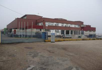 Nave industrial en Carretera Nacional IV, Km. 56,3