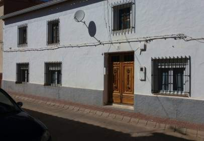 Casa rústica en calle Hermanos Morales, nº 8