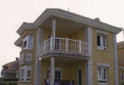 Casa adossada a calle Tarredondas, nº 49