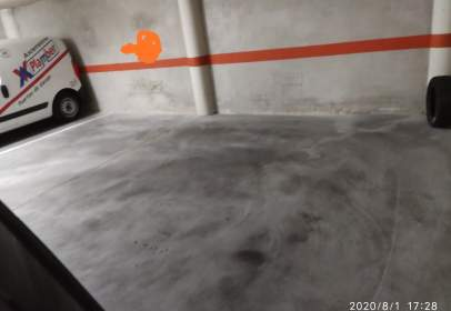 Garatge a calle de Bretón de los Herreros, nº 25