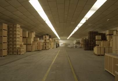Nave industrial en Carretera de Madrid Toledo, 8