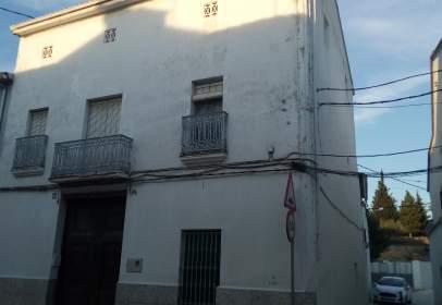 Casa adosada en Carrer de Martí Flores, nº 48