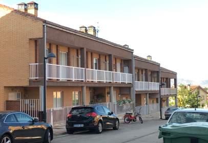 Casa adosada en calle Limón, nº 3