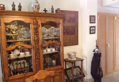 Flat in calle Alejandro Collantes , nº 99