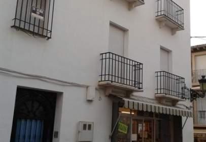 Casa adosada en calle Aguilar, nº 73