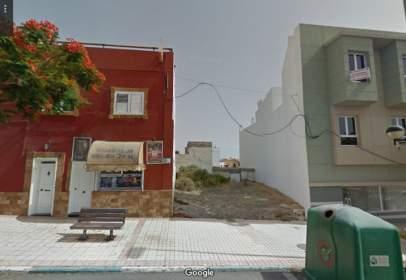 Terreno en calle Juliano Bonny, nº 63