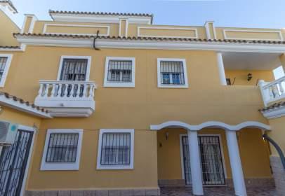 Casa pareada en Carretera Loma Margarita, nº 26