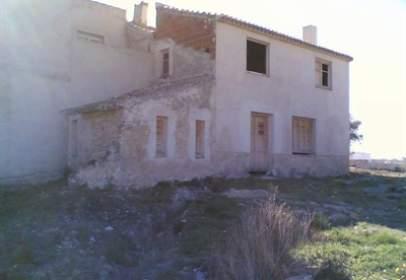 Terraced house in calle Ainas, nº 1