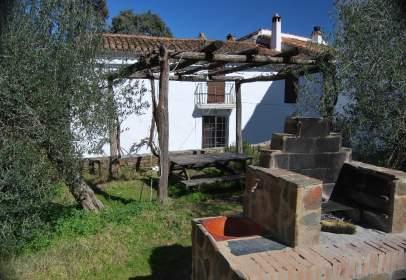 Casa rústica en Plaza de Corterrángel, nº 4