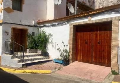 Casa adossada a calle Romeo, nº 22