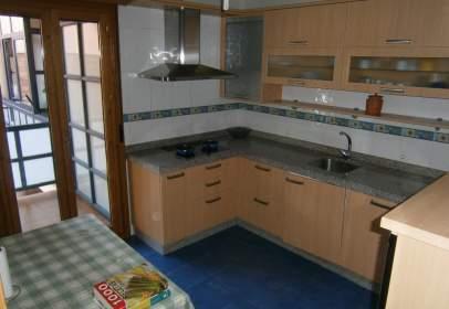 Casa adosada en calle de Delicias, nº 4