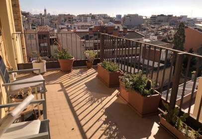 Piso en Plaça de Josep FreIxa I Argemí